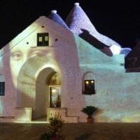 La Gioconda sui trulli: ad Alberobello 'Summer lights' celebra il genio di Leonardo da Vinci