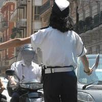 Decreto sicurezza, prof barese guida l'auto della moglie tedesca: i vigili la sequestrano