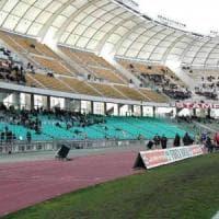 Stadio San Nicola, così non va: il Comune di Bari obbligato a sostituire 20mila seggiolini