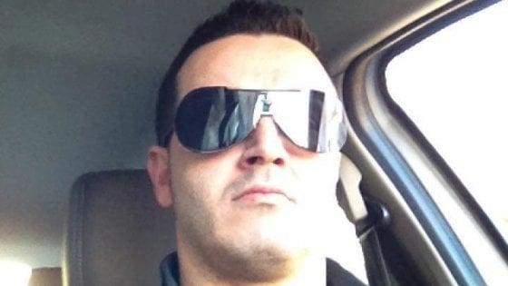 Taranto e Fragagnano in lutto cittadino, funerali in piazza per il gruista morto nell'ex Ilva