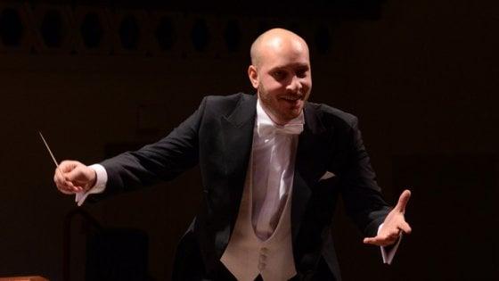 Cantante lirica giapponese arrestata per stalking, perseguitava direttore d'orchestra del Valle D'Itria