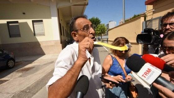 """Di Maio a Bari, incontro blindato con 800 delegati M5s. Attivista protesta: """"Cosa abbiamo da nascondere?"""""""