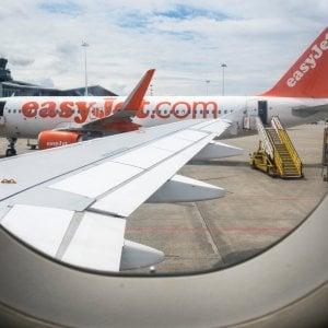 Paura sul volo Manchester-Bari: atterraggio d'emergenza a Venezia per un malore del pilota