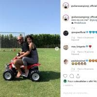 Vacanze in Salento per Giorgia e divertimento in mini quad con Giuliano Sangiorgi