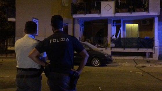 Andria, bomba artigianale esplode sul balcone di un pregiudicato ai domiciliari