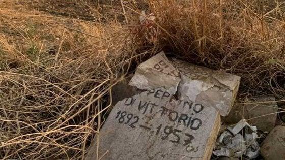 """Foggia, distrutta la stele di Di Vittorio nel giorno della nascita del sindacalista. La Cgil: """"Gesto miserabile"""""""