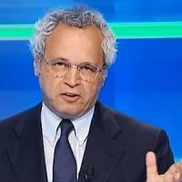 Bari, la crisi di governo come una partita: maxischermo per seguire maratona Mentana