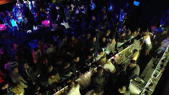 Lecce, spacciavano cocaina nei locali della movida e nelle discoteche del Salento: 13 arresti