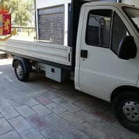 Bari, viaggiava sull'autostrada con la droga nel doppio fondo del suo autocarro: arrestato