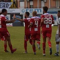 Calcio, per il Bari buona la prima: uno-due vincente in trasferta contro