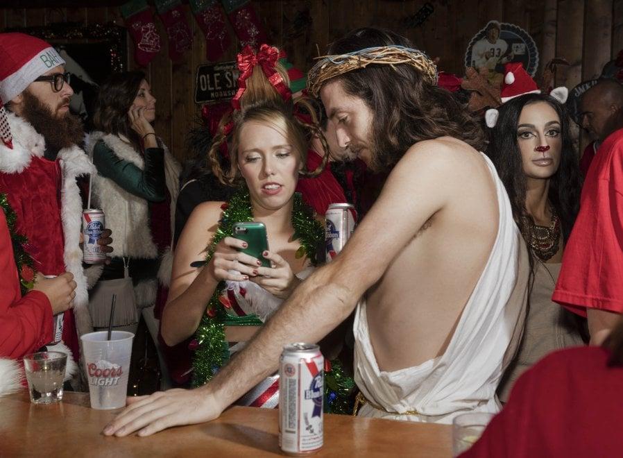Santi e riti ai tempi di Instagram: a Monopoli per il PhEst la fotografia indaga la religione