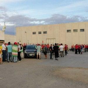 Sciopero a Molfetta: a rischio licenziamento 46 dipendenti della piattaforma logistica Megamark