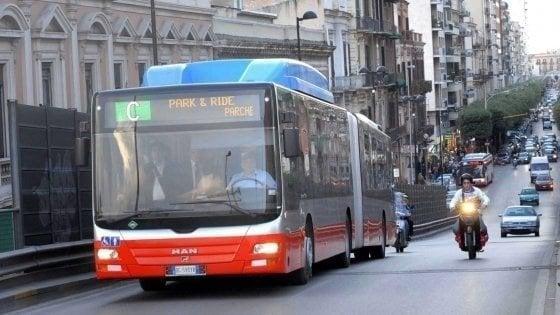 Bari, il 13 settembre stop a bus e Park&ride: scioperano gli autisti Amtab