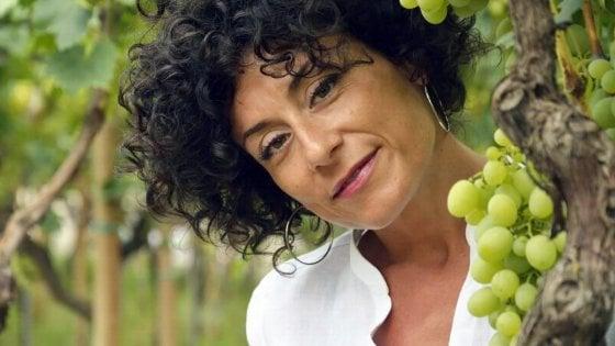 """Emilia da Roma a Grottaglie per produrre uva bio: """"A quarant'anni ho mollato tutto per tornare in Puglia"""""""