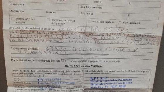 Foggia, davano coperte ai senza fissa dimora della stazione: volontari multati perché senza biglietto