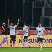 Il Lecce con Farias e Mancosu espugna Torino: primi tre punti per la squadra