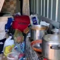 Caporalato, 4 operai stranieri accampati in container fatiscenti: due arresti