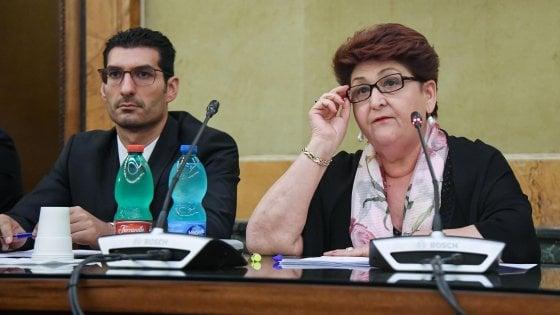 """Xylella, la ministra Bellanova al tavolo tecnico con la Puglia: """"Le risorse ci sono, ora spendiamole bene"""""""
