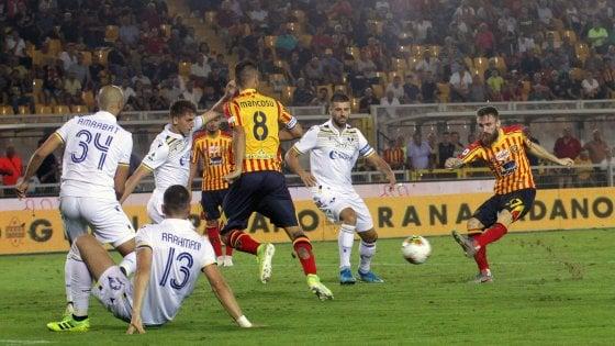 Calcio, a Lecce febbre per il derby del Sud: la partita contro il Napoli verso il tutto esaurito