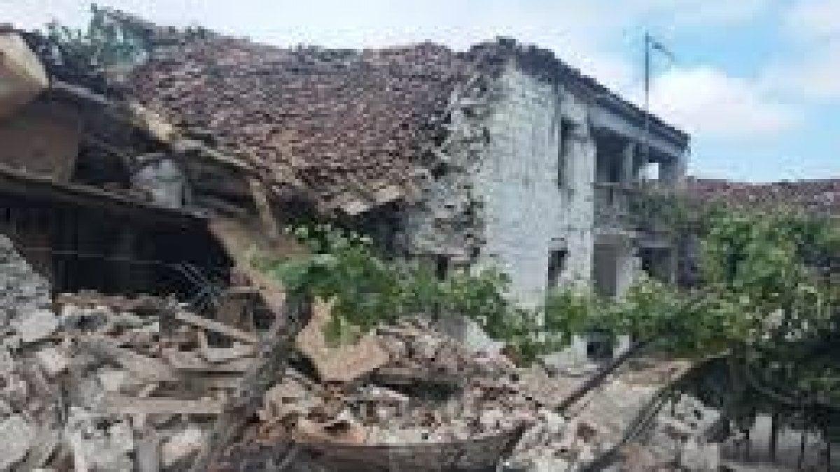 Terremoto in Albania, 60 feriti e case crollate. Panico in Puglia.
