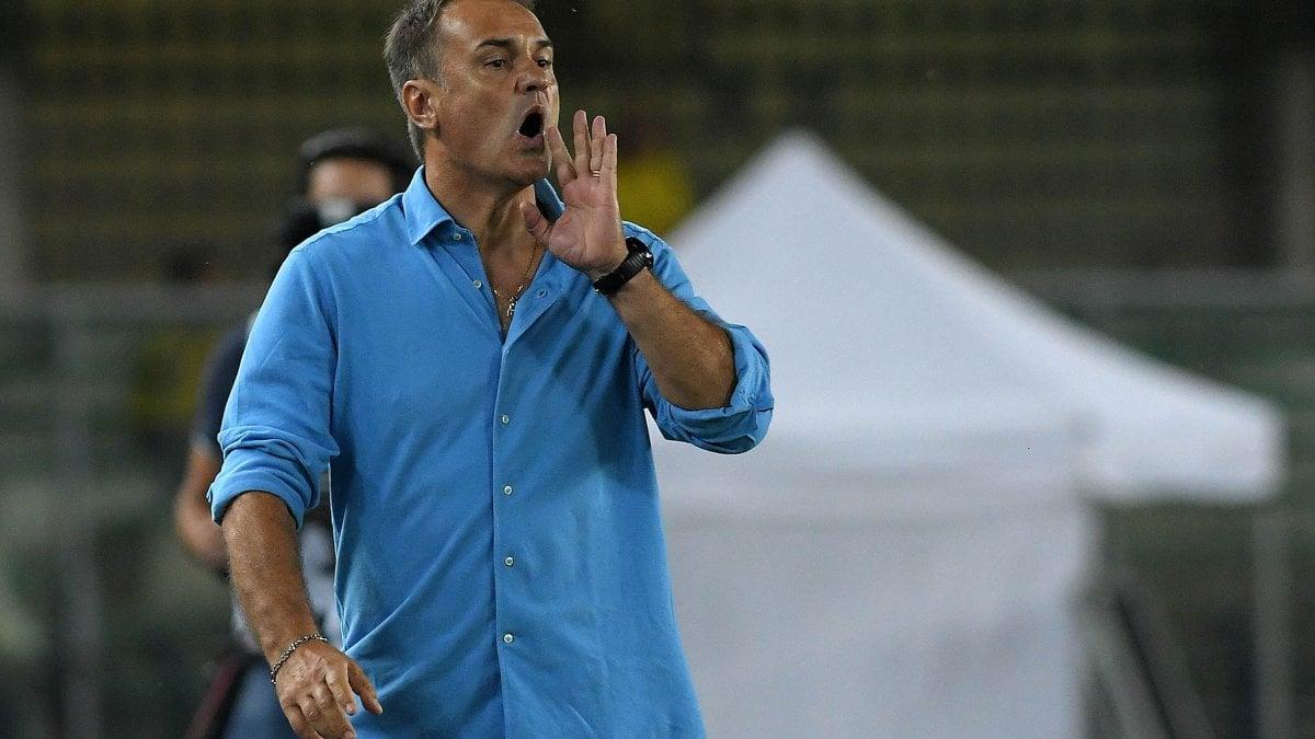 Calcio, il Bari a Vivarini. Dalle lezioni di Sarri allo scandalo ...