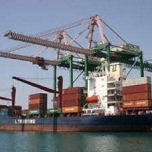 Taranto, la santa alleanza Turchia-Cina per il porto