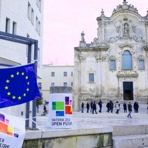 """Matera, a rischio stop le navette per l'aeroporto di Bari e la stazione Fs: """"Mancano fondi"""""""