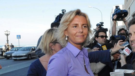Bari, lady Asl condannata a due anni: chiese la bonifica degli uffici da microspie