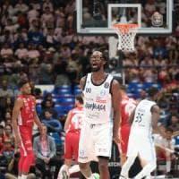 Basket, colpo grosso dell'Happy Casa Brindisi: a Milano batte l'Olimpia