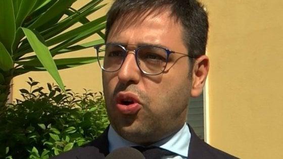 Appalti e favori in Regione Puglia, arrestato consigliere Cera e suo padre (ex deputato)