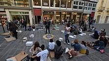 """""""Un minuto da clochard"""" flashmob in via Sparano"""