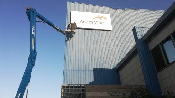 Arcelor Mittal, dalla vittoria della gara all'abbandono di Taranto: 18 mesi di polemiche