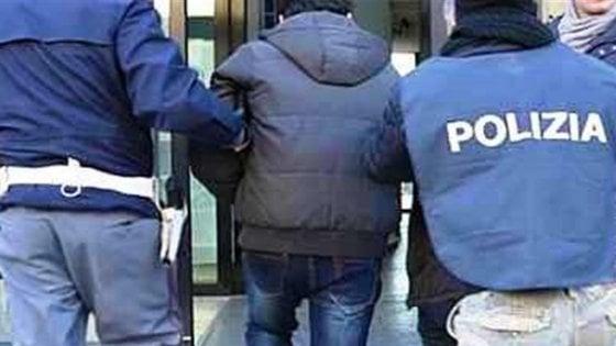 """Bari, pizzo per le luminarie di san Michele a Carbonara: due arresti. """"Devi pagare, qui è una cosa normale"""""""