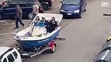 Matrimonio in barca per le strade di Foggia