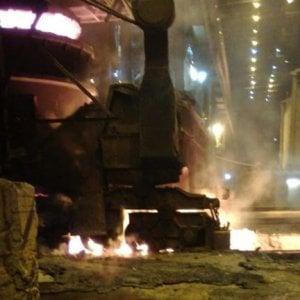 Incidente nell'ex Ilva di Taranto, fiamme altissime in acciaieria: nessun ferito