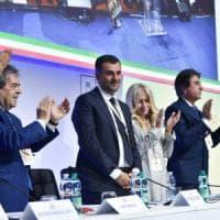 Anci, Antonio Decaro (Pd) rieletto per acclamazione 'sindaco dei sindaci italiani':...