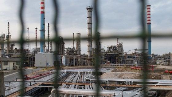 """""""Ordini fermi e zero risorse"""", le testimonianze dei dirigenti ex Ilva accusano Arcelor Mittal.  Non pagato l'affitto pattuito"""