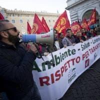 Arcelor Mittal, al via lo sciopero: a Roma la manifestazione dei sindacati, da Taranto...