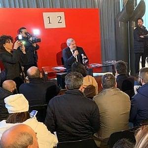 Puglia, regionali 2020: Emiliano in corsa per le primarie ma tra marketing e istituzioni non c'è più differenza