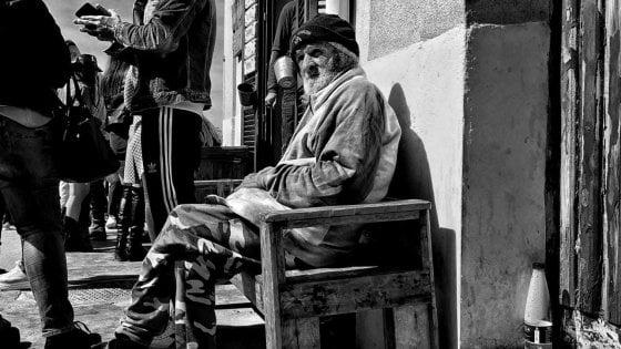 """Torre a Mare piange Tonino: """"Sempre per strada, aveva un sorriso per tutti"""""""