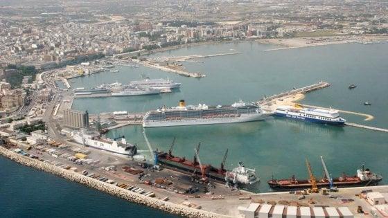 Porto di Bari in mano alla mafia, 24 condanne: vent'anni al nipote del boss Capriati