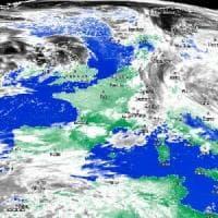 Meteo, Puglia al riparo dal maltempo: solo deboli piogge ma temperatura