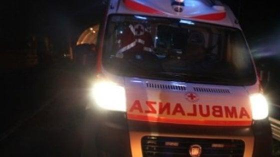 Foggia, bus si scontra con un'auto e la schiaccia: le vittime sono due
