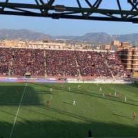 Serie C, il Bari agguanta in extremis l'1-1 in casa della Reggina: la capolista