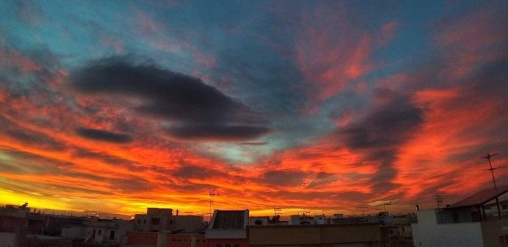 Tramonto rosso fuoco, spettacolo in Puglia e Basilicata
