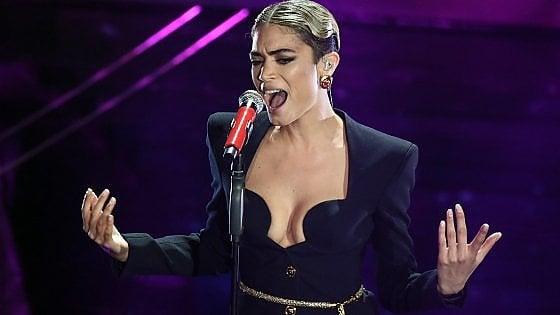 Dal Salento a Sanremo: quando Elodie esordì a 19 anni come vocalist al Samsara beach