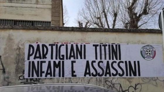 'Partigiani titini infami assassini': in Salento lo striscione shock di CasaPound