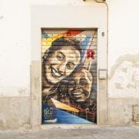 Un murale per Silvia Romano, Canosa ricorda la cooperante rapita in Kenya