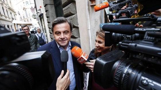 """Regionali Puglia, Calenda si allea con Renzi contro il Pd: """"Fitto è cento volte meglio di Emiliano"""""""
