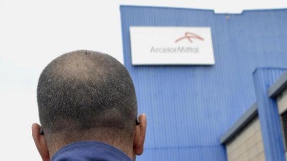 """""""ArcelorMittal cambi le condizioni oppure chiuda"""":"""